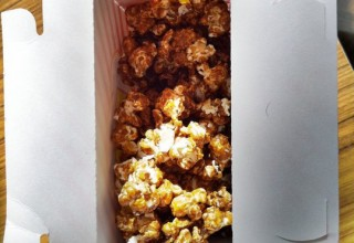 caramel popcorn
